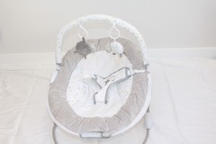 Selling: Baby Bouncer
