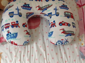 Selling: nursing pillow