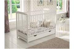 Selling: Baby cot