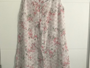 Selling: Maternity nursing gown