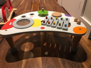 Selling: Janod Musical table