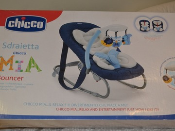 Selling: CHICCO Bouncer