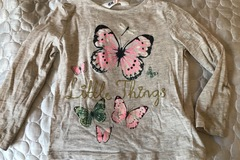 Selling: Baby girl t-shirt