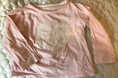 Selling: Heart t-shirt