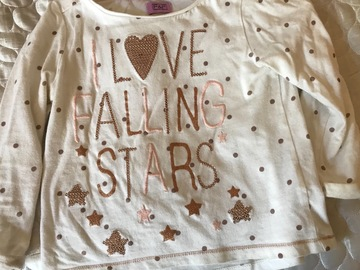 Selling: T-shirt with stars