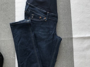 Selling: H&M pregnancy jean