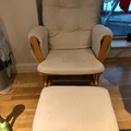 Renting out: KUB Rocking Chair & Footstool for feeding