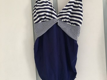 Selling: Maternity swimsuit