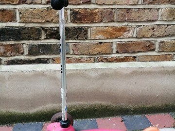 Selling: Mini micro scooter