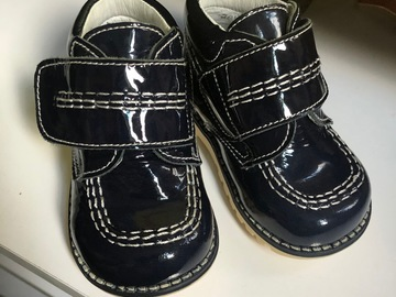 Selling: Baby Spanish shoes